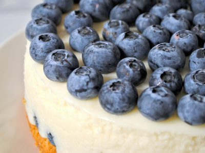 Super easy blueberry cheesecake